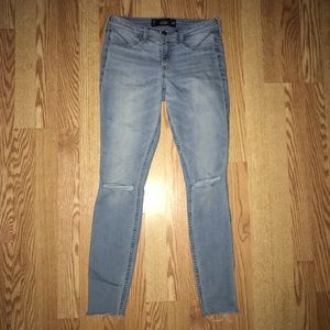 Jean Leggings with Ripped Knees
